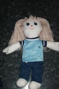 "Girl Guide and Brownie Doll 12"" West Island Greater Montréal image 2"