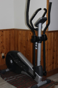 Elliptique Bremshey Orbit Crosstrainer