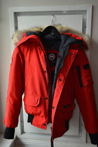 Women's Canada Goose Bomber Jacket in Size Extra Small