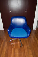 Chaise bleue vintage- vin6tage blue chair