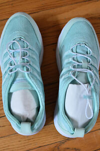Brand new Land's End water shoes, ladies size 8