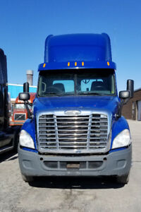 2011 Freightliner Heavy Speck  Day Cab for SALE