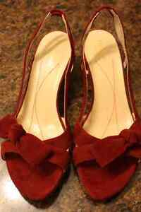 Like-New Kate Spade Red Suede Shoes 7 size.