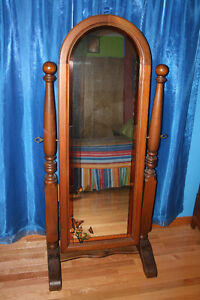 Full Length Solid Oak Mirror With Stained Glass Trim Windsor Region Ontario image 1