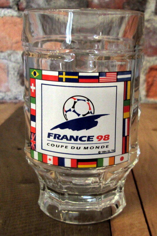 FRANCE 98 FOOTBALL SOCCER WORLD CUP BEER MUG - RARE 0.25L PUB BAR GLASS