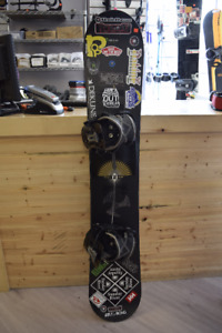 Rossignol Scope 161 cm Snowboard w/ Flite III Flow Bindings