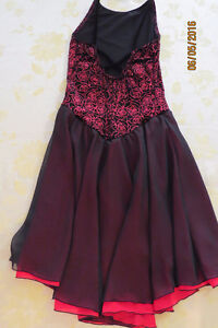 Beautiful black and red long dress for skating or dance Kingston Kingston Area image 2