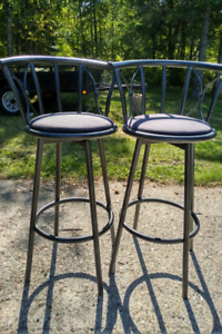 Bar stools for sale 2 for $25