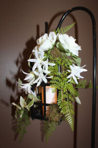 Wedding floral/candle lantern aisle markers