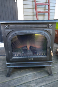 Wood Stove Fire Place Electric Heater 1500 watt Sunbeam