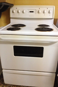 Frigidaire stove only 4yrs old in excellent working condition