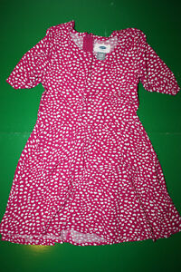 Girls Dress with Hearts Print- Girls Size 5 - Like New