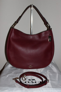 Authentic Coach Glove Tanned Nomad Hobo in Black Cherry 36026