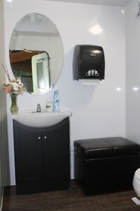 LUXURY PORTABLE RESTROOMS-AIRCONDITIONED Kawartha Lakes Peterborough Area image 2