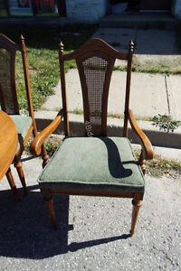 Large Wooden Dining Room Table & Six Chairs Kitchener / Waterloo Kitchener Area image 3