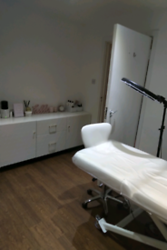 Beauty / Therapy / Treatment room to rent now