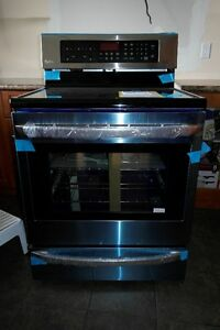 NEW NEW Lg Electric Range InfraRed Grill and convection Cuisin
