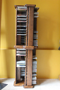 CD RACK - HOLDS 250 CDS