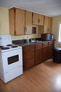Cozy 4 Bedroom Home in GEORGETOWN AREA available NOW