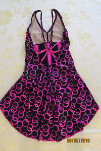 Beautiful pink and black dress for skating or dance Kingston Kingston Area image 2