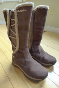 New Wind River Women's Waterproof Leather Winter Boots (Size 6)