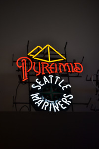 SEATTLE MARINERS PYRAMID BEER NEON SIGN