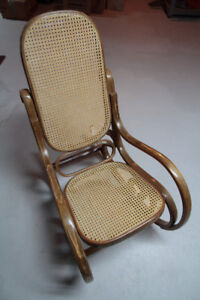 Chaises bercantes rotin Vintage Bentwood rockers