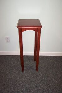 High Wood Table Stand
