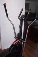 Pro Gear Elliptical Trainer   Great Condition   Barely used