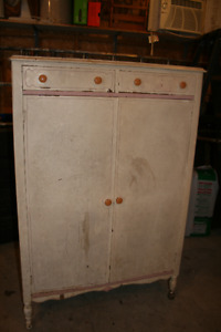 Anthes Baetz Antique armoire
