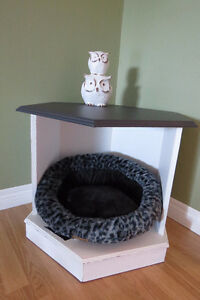 Pet bed/ Side Table London Ontario image 2