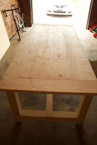 Brand new Harvest Style table