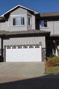 MUST SEE THIS BREATHTAKING 2-STOREY TOWNHOUSE IN SHERWOOD PARK