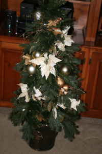 Christmas- Decorated Tree