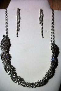 Necklace and Earring Costume Jewellery