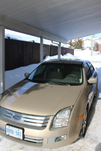 2006 Beige Ford Fusion