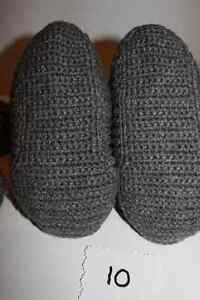 size 12 13 14 15 men slippers handmade crochetted knitted !! West Island Greater Montréal image 4