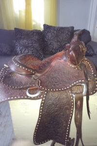 Beautiful Western Saddle for Sale