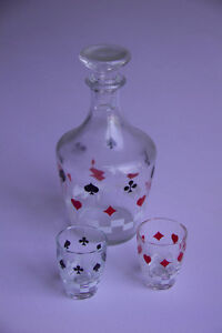 Vase and 2 shot glasses, poker patterned and some other stuff