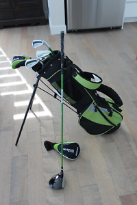 ensemble de golf Wilson 8 à 12 ans