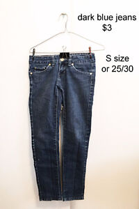 jeans, jeggings and sweater for $3 (Thanh ly quan ao - mien phi)