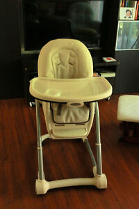 3 in 1 high chair / chaise haute 3 dans 1