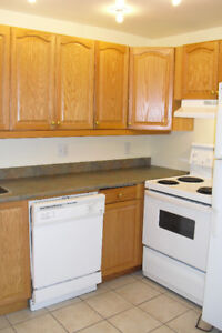 2BR CLOSE TO UNIV ACROSS FROM BARRINGTON ST. SUPERSTORE