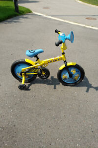 Childrens Minion Bike with Training Wheels