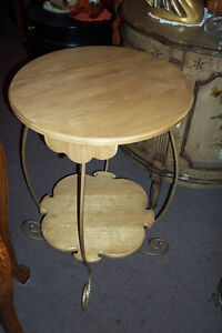 TABLE COIN RONDE  NATUREL, FER FORGE