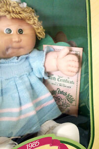1985 Coleco Cabbage Patch Kid 'Mala Prudence' NIB Cambridge Kitchener Area image 2