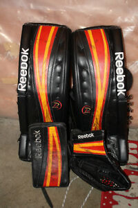 Reebok P4 pro return hockey goalie pads and gloves 34+2