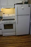 Réfrigérateur et poele 350$ chaque