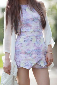 *BRAND NEW* Pastel Purple Sleeveless Floral Slim Romper Playsuit