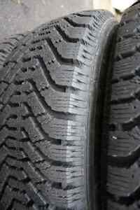 Four 195/65/15 good year directional snow tires